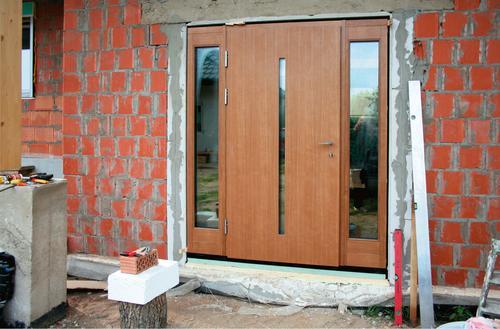 Prawidłowy montaż nowoczesnych drzwi